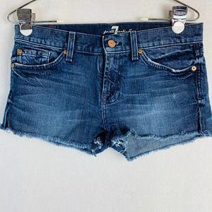 7 FAM raw hem shorts size 25